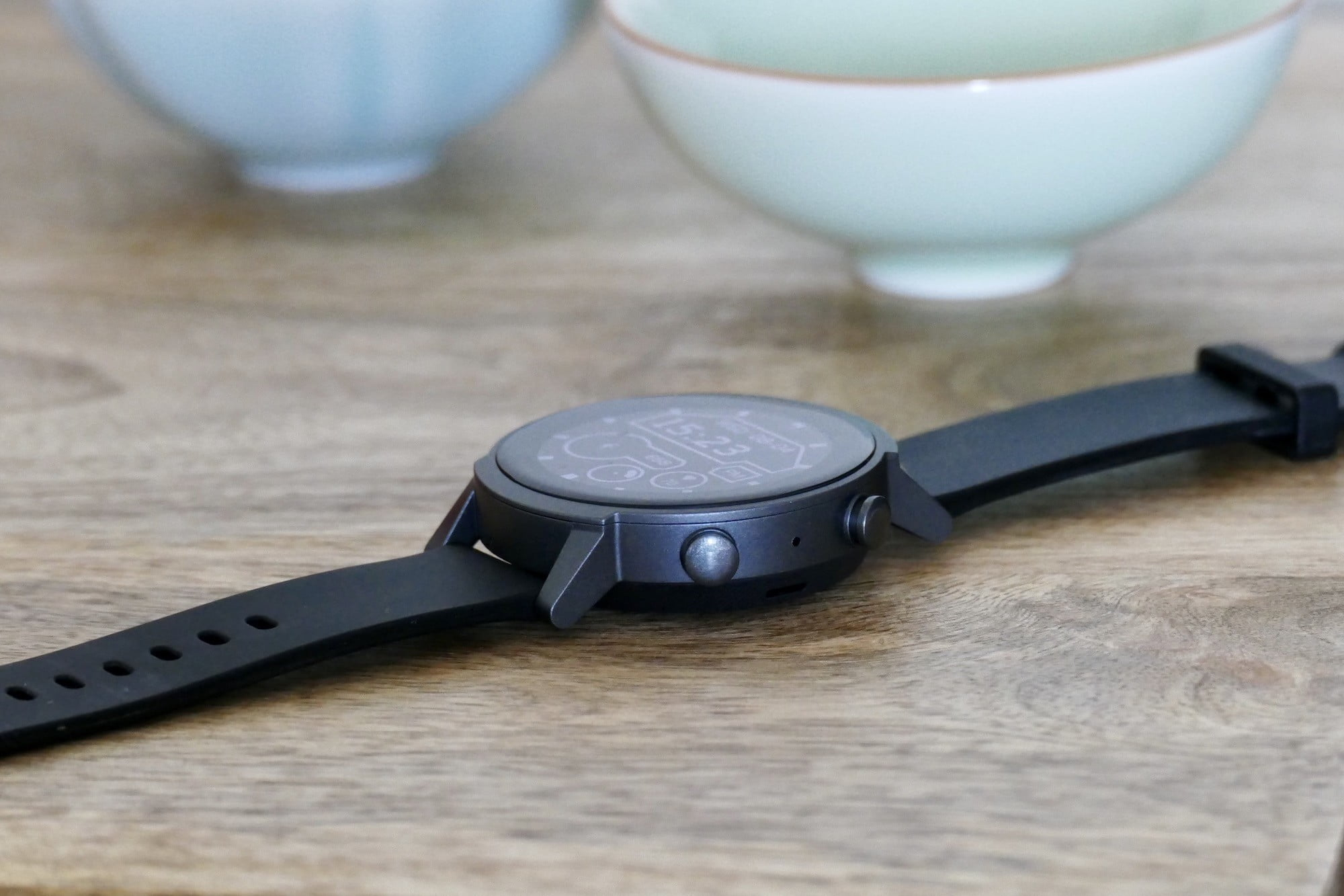 Mobvoi TicWatch E3's buttons seen from the side.