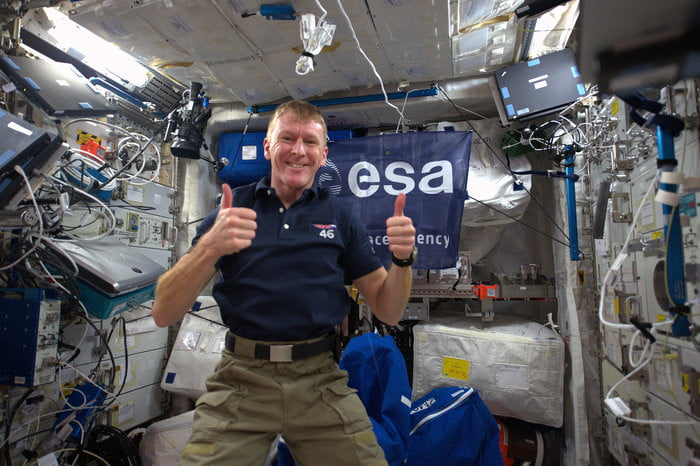 receiver of astronauts wrong number call thought it was a sloshed partygoer tim peake