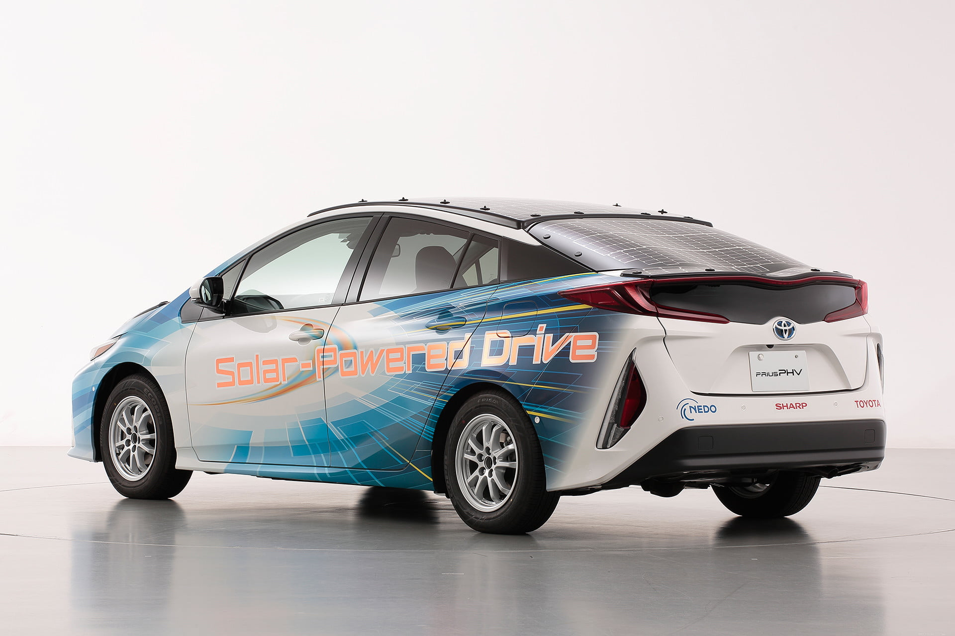 toyota has covered a prius in solar cells to add 27 miles its range 3