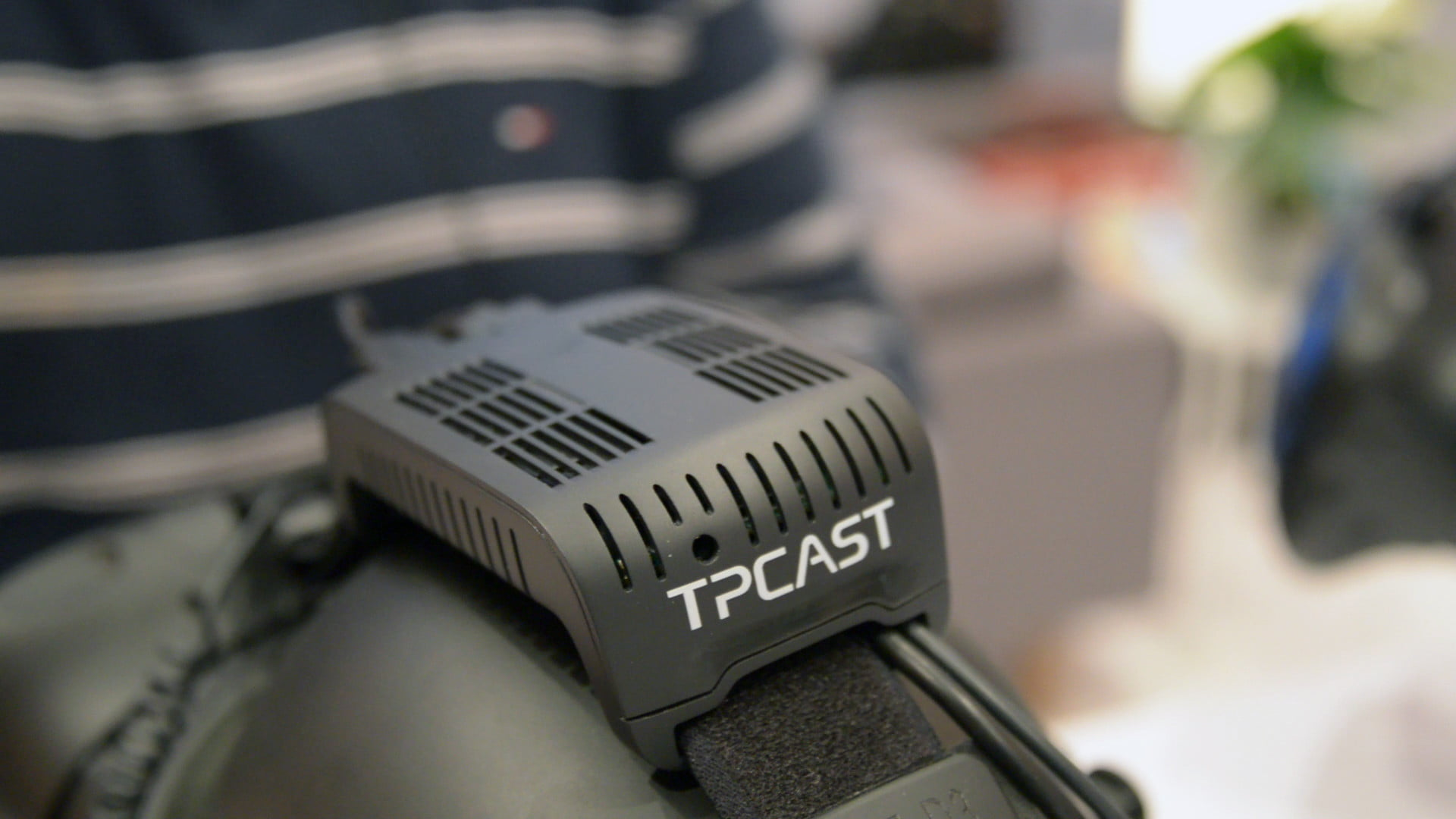 TP Cast Vive wireless adapter