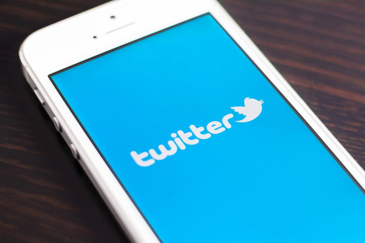 twitter experiencing outages worldwide app