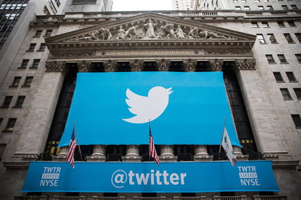 Twitter is facing its own outage issues from rush of ex-Facebook users