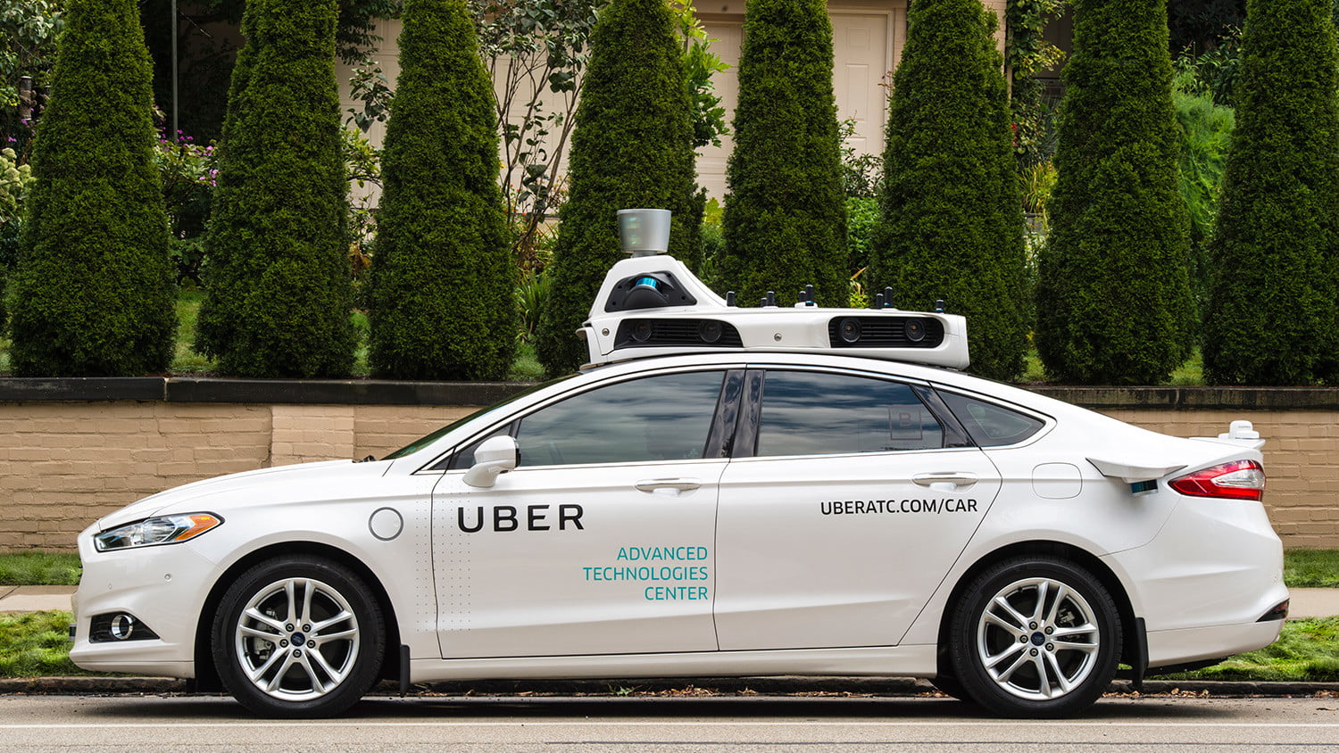 uber pittsburgh robo taxi experiment self driving exterior 04
