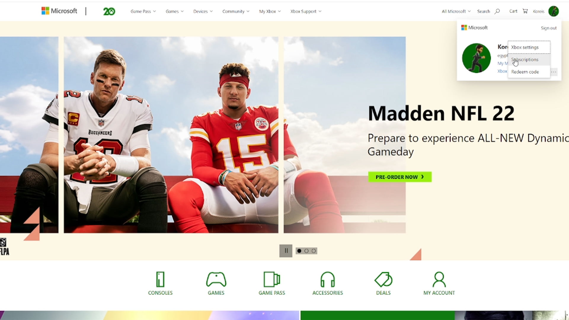 Selecting subscription on xbox.com home screen.