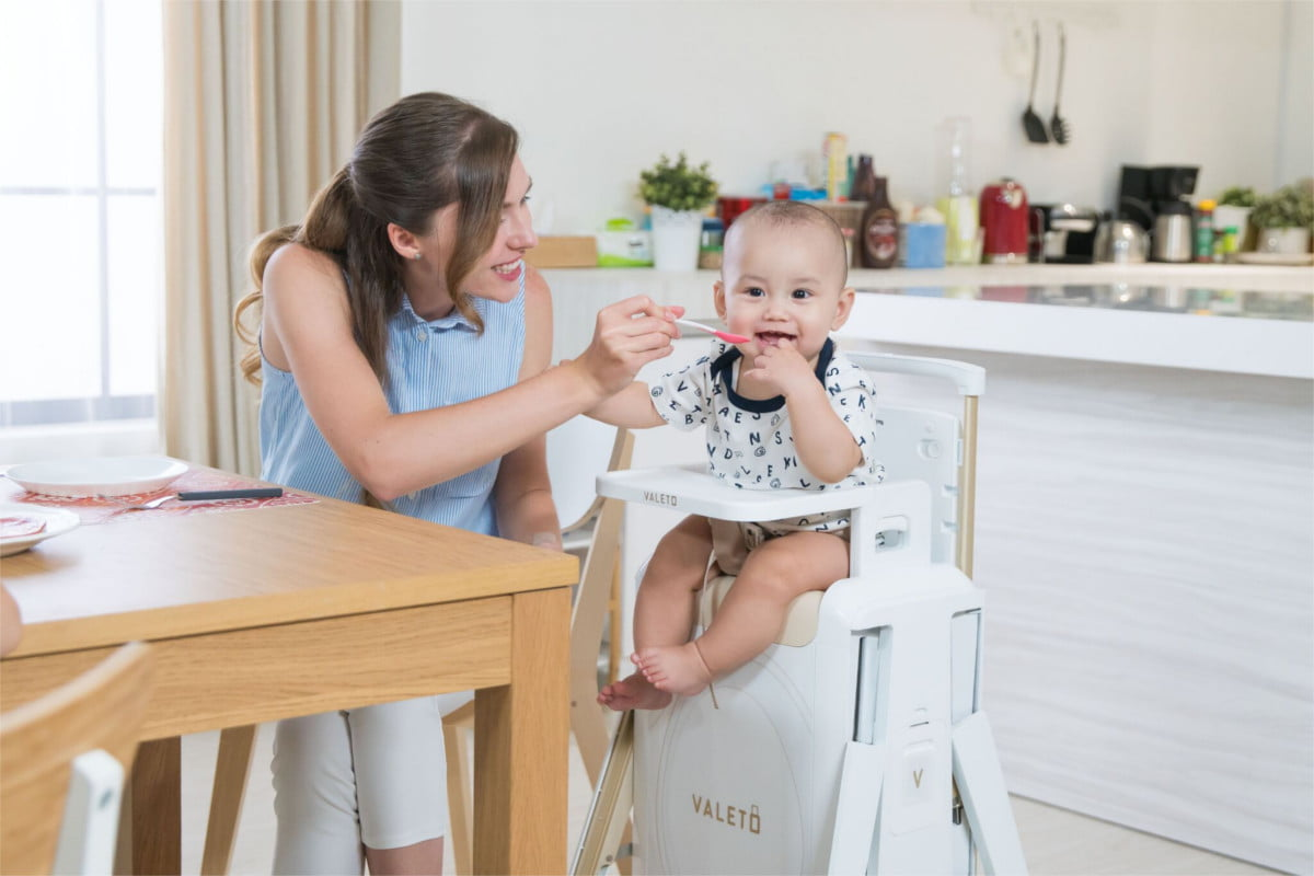 valeto transformable high chair suitcase highchair 1