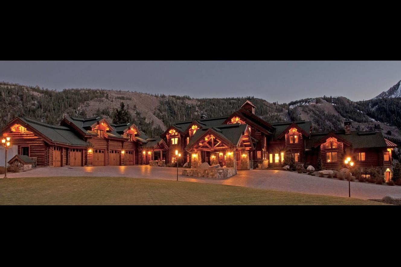 retreat from society and relax in these idyllic cabins around the world victory lodge 6