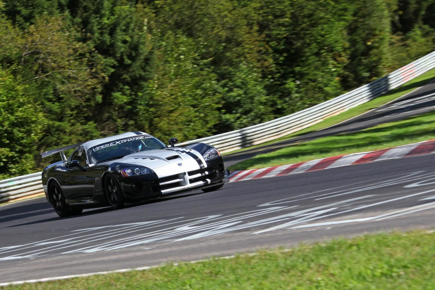 nurburgring might best track world also bad car viper acr n  rburgring