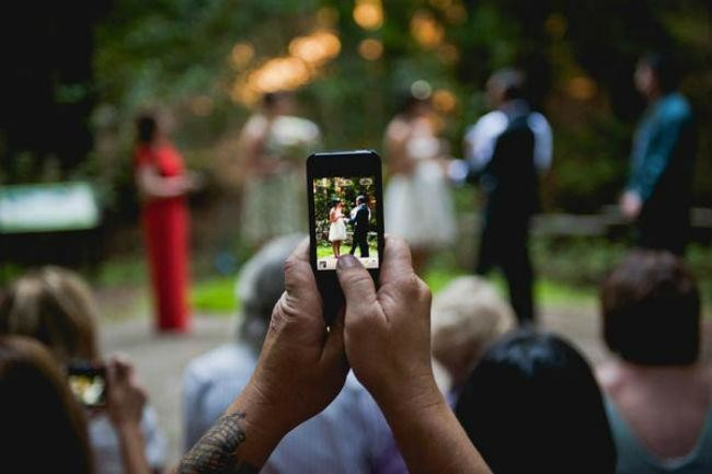here comes the bride social media and wedding culture