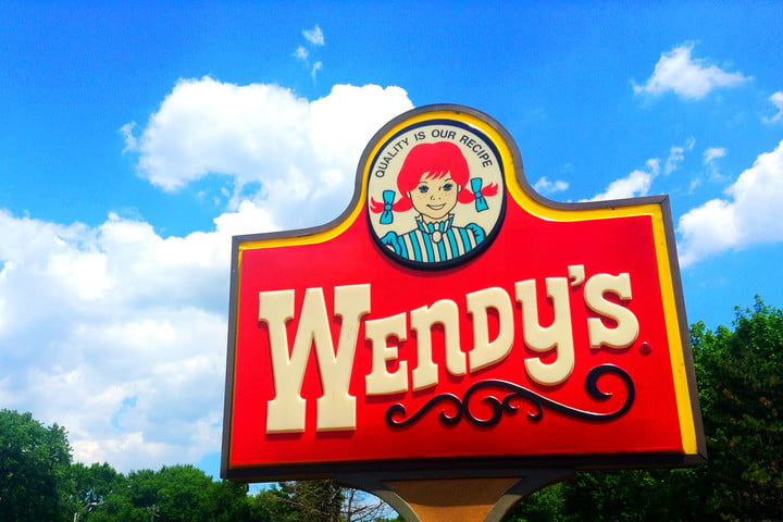wendys malware infection 1000 locations credit card breach sign logo
