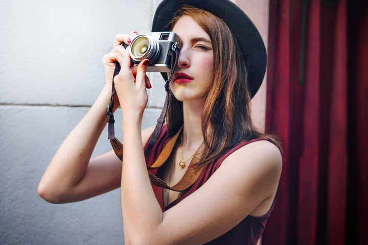 erik kim street photography invisible 5 tips woman photographer outside concept