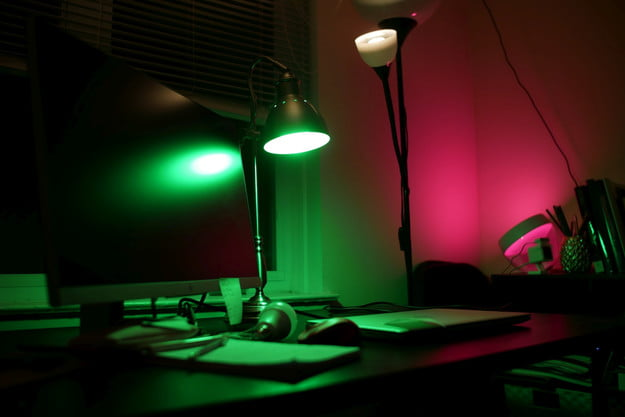 Wyze Bulb Color in lamp green