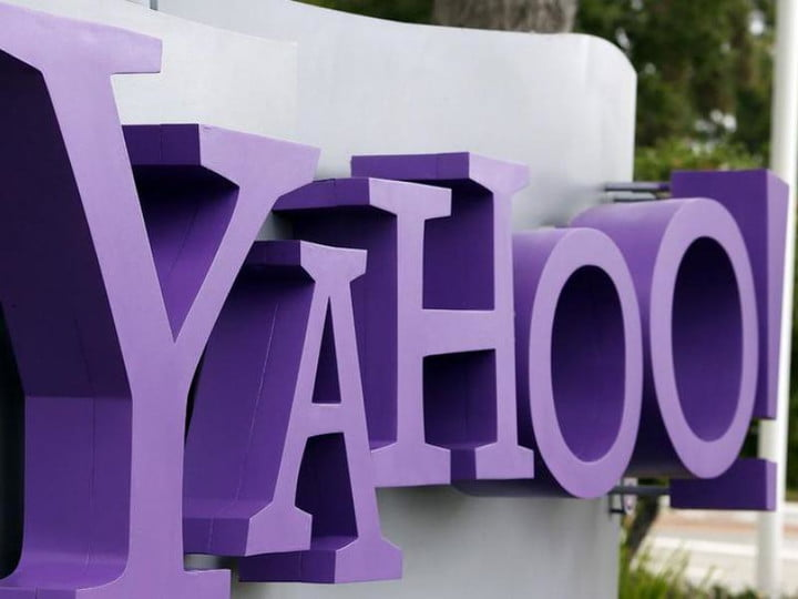 yahoo to acquire flurry logo