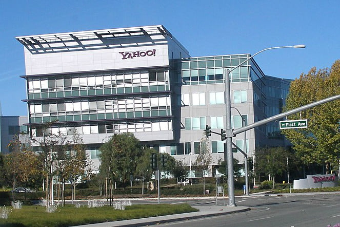 yahoo ceo delivers deathblow headquarters1